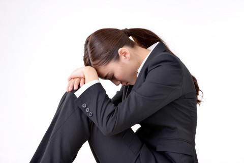 だまされた女性-借金生活脱出日記