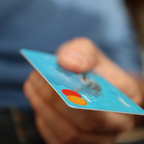 公共料金をクレジットカードで支払ってポイントゲット